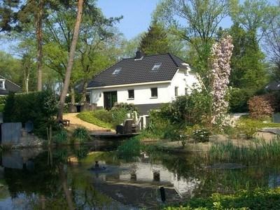 Luxe vakantievilla in Lunteren met sauna, stoombad, whirlpool en zonnebank